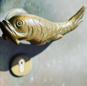 Bronzener Türklinkenfisch